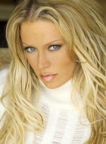 Jenna Jameson white sweater