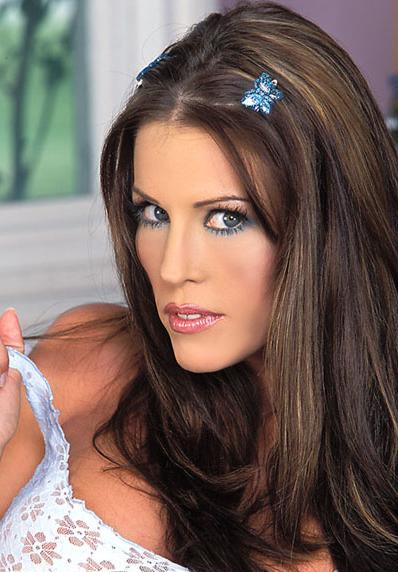 Tabitha Stevens returns to performing 2009