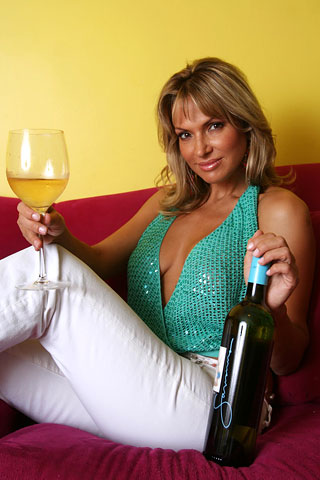 savanna samson wine glass bottle Check Reviews to learn more about Lick Sonic porn site LickSonic ...
